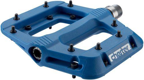 """RaceFace Chester Pedals - Platform, Composite, 9/16"""",Blue, Replaceable Pins"""