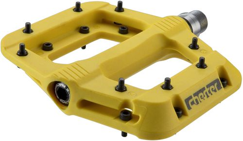 """RaceFace Chester Pedals - Platform, Composite, 9/16"""",Yellow, Replaceable Pins"""
